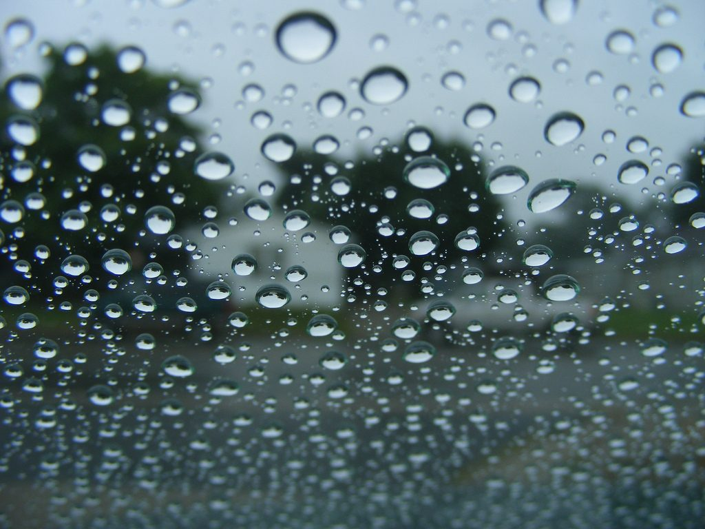 Super-Hydrophobic Paint ss the Car Coating of the Future