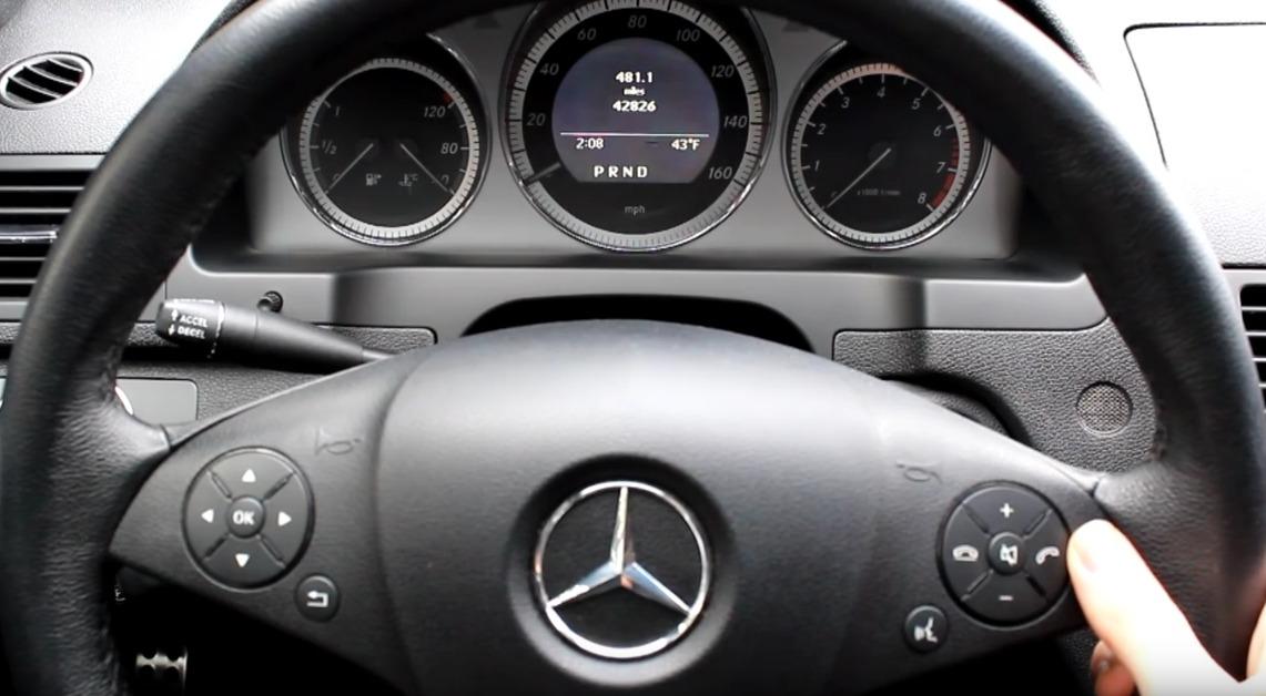 mercedes service indicator 1
