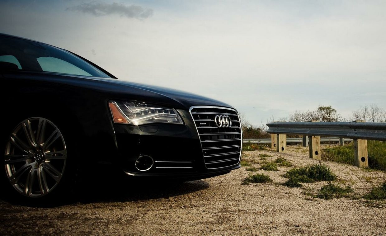 How To Pick The Right Luxury Vehicle